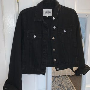 Zara short black denim jacket size M